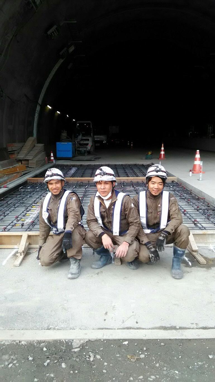 全国の土木工事を支える タイセー工業株式会社 静岡県 中部横断自動車道 新清水JCT-富沢IC間南舗装工事